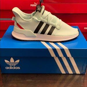 Adidas EE4461 U_Path running shoe US 8 & 10.5